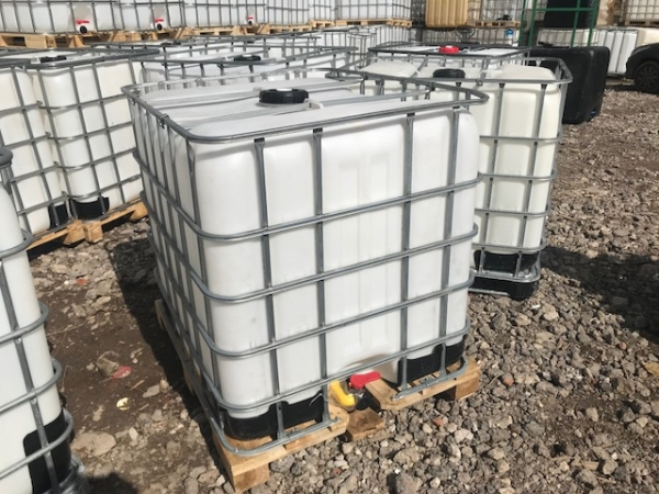 Еврокуб 1000 литров, б/у, чистый пропаренный из под технических веществ (поддон дерево)