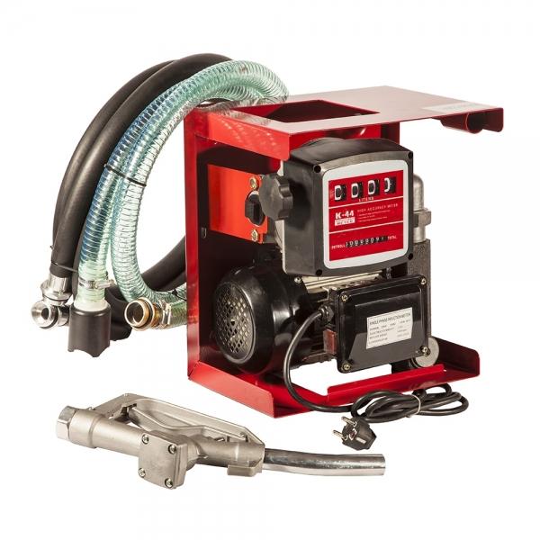 Производительный насос для топлива соединённый со счётчиком на удобной металлической панеле по низкой цене в москве,насос качает дизель со скоростью восемьдесят литров в минуту.