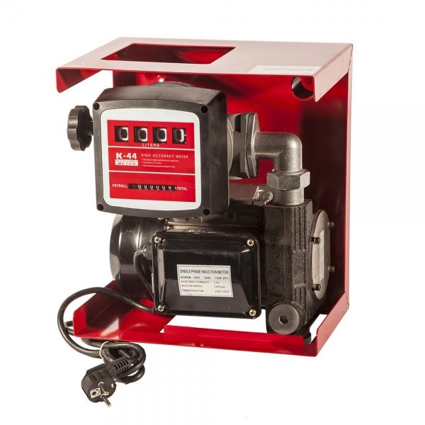 Топливный насос для дизеля,производительность восемьдесят литров в минуту,соединён со счётчиком(четырехразрядным) на удобной металлической пластине.