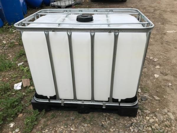 Емкость (еврокуб) 600 л, б/у, чистый пропаренный из под пищ. веществ (поддон металл/пластик)